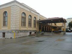 Rear of Berkeley post office.jpg