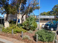 Girrawheen library front garden 40735536043.jpg